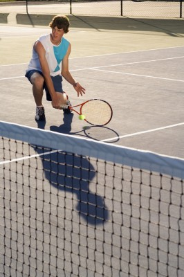 How To Beat A Serve And Volley Opponent