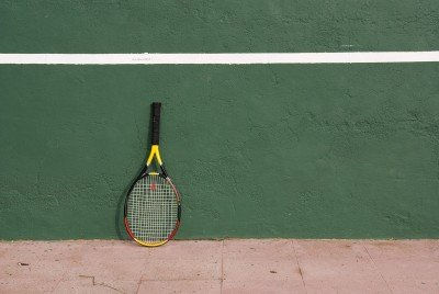 use tennis wall to improve your tennis